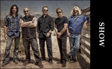 Show Creedence Clearwater Revisited In Concert